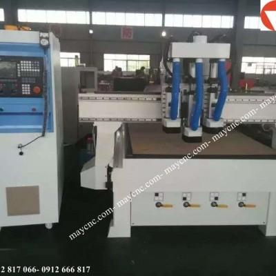 Video hoạt động của máy CNC.